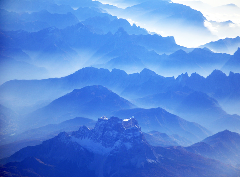 Alpen_in_blau_Web